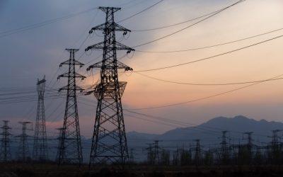Suspensión del servicio de suministro de energía eléctrica, bajo el argumento de alteración en el medidor, producto de la revisión del sistema de medición y la instalación eléctrica.